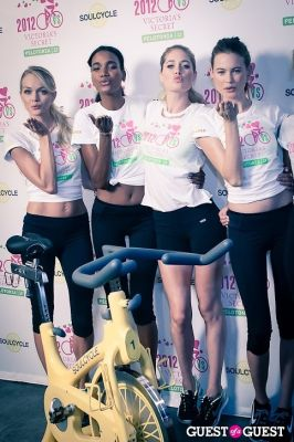 erin heatherson in Victoria's Secret Supermodel Cycle Ride