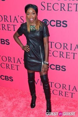 estelle in 2013 Victoria's Secret Fashion Pink Carpet Arrivals