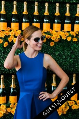 eva amurri in The Sixth Annual Veuve Clicquot Polo Classic Red Carpet