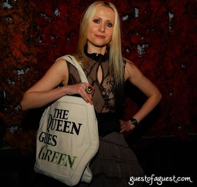 evelina zdunczyk in Vegan Queen