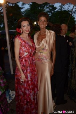 fe fendi in The New York Botanical Gardens Conservatory Ball 2013