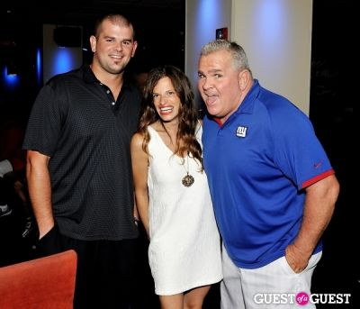 frayda resnick in NY Giants Training Camp Outing at Frames NYC