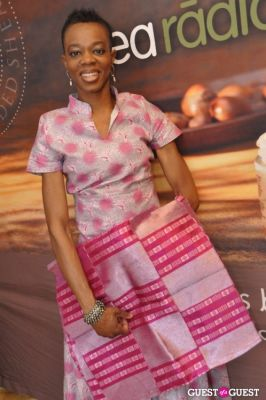 funke fasalojo in Shea Radiance Target Launch Party