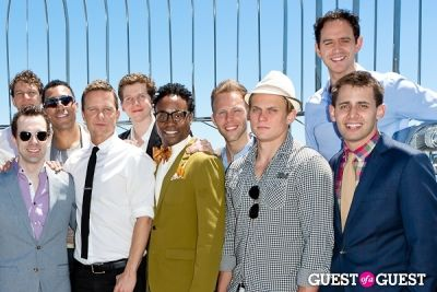 billy magnussen in Tony Award Nominees Photo Op Empire State Building