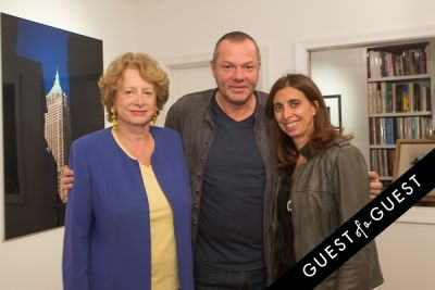 galerie mourlot in Galerie Mourlot Presents Stephane Kossmann Photography