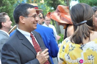 gautam chandra in Woodrow Wilson House 24th Perennial Garden Party