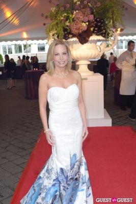 gillian miniter in The New York Botanical Gardens Conservatory Ball 2013