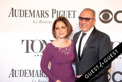 gloria estefan in The Tony Awards 2014