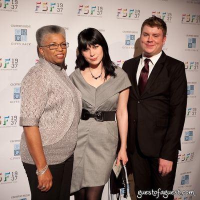 gwendolyn o-neal in YMA Fashion Schlorship Fund Awards Dinner