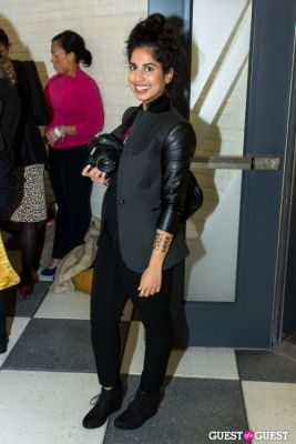 hafsa siddiqi in Man Repeller Book Signing