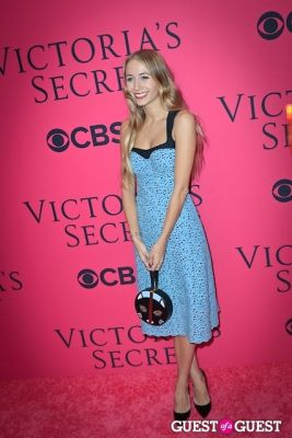 harley vierra-newton in 2013 Victoria's Secret Fashion Pink Carpet Arrivals