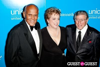 tony bennett in The 8th Annual UNICEF Snowflake Ball