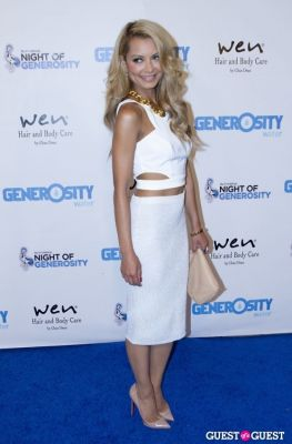 havana brown in Generosity Water Presents