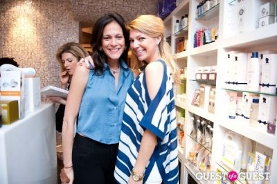 maggie pitts in Tinsley Mortimer at Nectar Skin Bar
