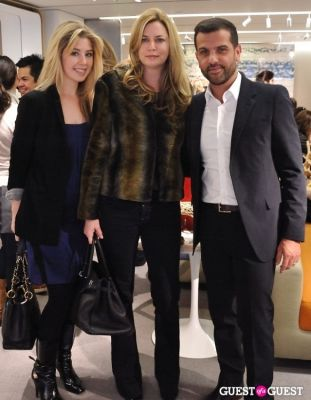 holly montag in Alexandre Birman PA at Bergdorf Goodman