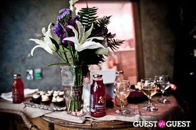 honeydrop beverages in Mischa Barton at A. Turen