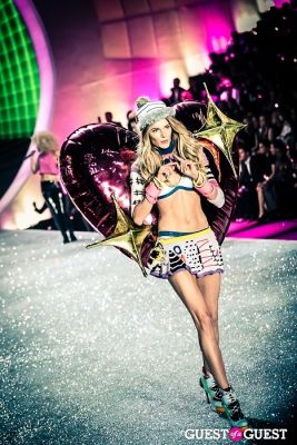ieva laguna in Victoria's Secret Fashion Show 2013