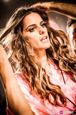 izabel goulart in Victoria's Secret Fashion Show 2012 - Backstage