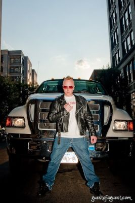 izzy gold in Izzy Gold with his Stretch Semi-Limo-Truck at Heist Gallery