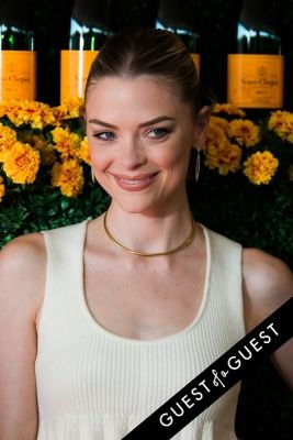 jaime king in The Sixth Annual Veuve Clicquot Polo Classic Red Carpet