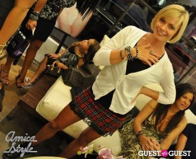jaime pressly in Amica Style Trunk Show