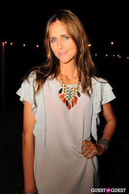 jennifer dixon in Guest of a Guest and Curbed Hamptons Celebrate MTK Endless Summer