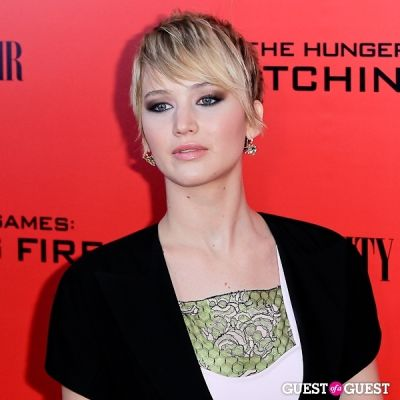 jennifer lawrence in The Hunger Games: Catching Fire