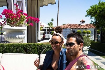 jesse metcalfe in The Guess Hotel Pool Party Sunday