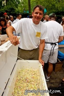 jimmy hagood--food-for-the-southern-soul- in Snapple Big Apple Barbecue Block Party