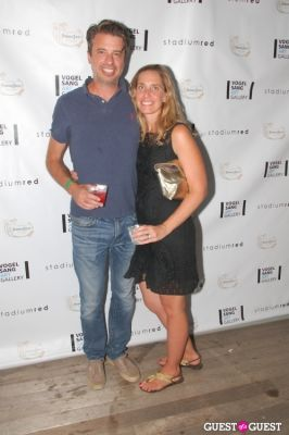 joe and-jeannette-floto in Vogelsang Gallery After- Hamptons Fair Cocktail Party