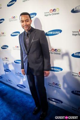 john legend in Samsung Hope For Children Gala 2013