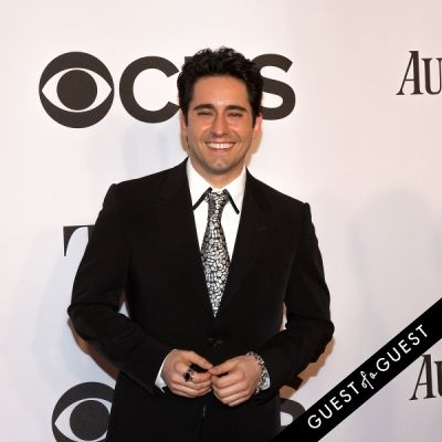 john lloyd-young in The Tony Awards 2014