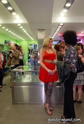 leesa davis in Sip & Shop for a Cause benefitting Dress for Success
