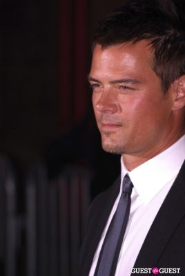 josh duhamel in Glamour - Women of the Year 2010
