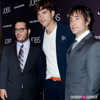 josh gad in Jobs (The Movie) Premiere