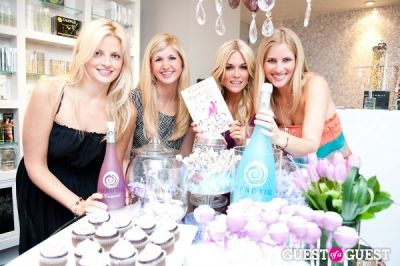 krista johnson in Tinsley Mortimer at Nectar Skin Bar