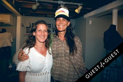 Cynthia Rowley co-hosts a beach-backyard party in Montauk with Pret-à-Surf and Sleepy Jones
