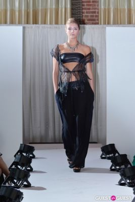 katelyn winkler in Exclusiva Eventi Fashion Show