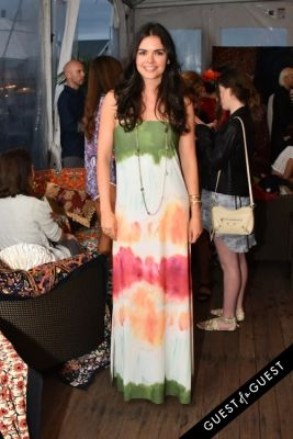 katie lee in Alice + Olivia Montauk Beach BBQ