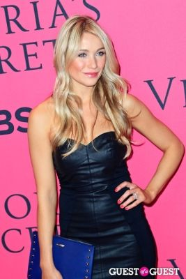 katrina bowden in 2013 Victoria's Secret Fashion Pink Carpet Arrivals