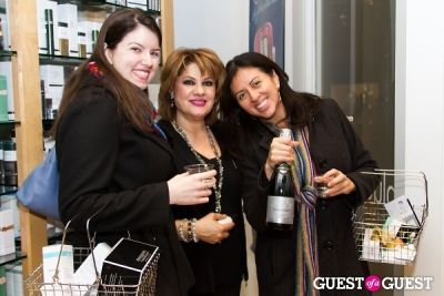 kelly james in Bluemercury Holiday Shopping Party