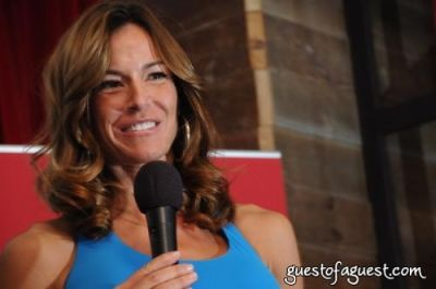 kelly bensimon in Friends Helping Friends Benefit
