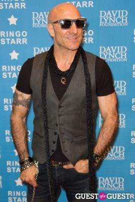 "kenny aronoff in Ringo Starr Honored with ""Lifetime of Peace & Love Award"" by The David Lynch Foundation"