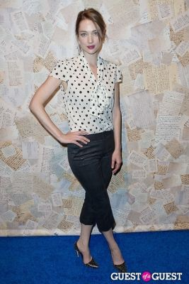 kristen connelly in Alice and Olivia Presentation