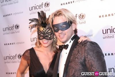 thomas pierce in Unicef 2nd Annual Masquerade Ball