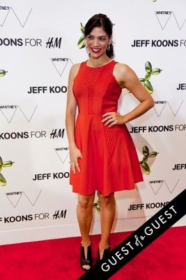 laura gomez in Jeff Koons for H&M Launch Party