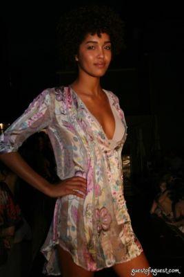 laura scott in Juliette Longuet Fashion show at Soho House - Sneak Peek