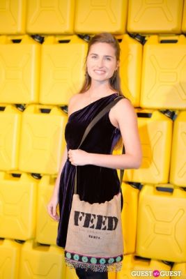 lauren bush-lauren in Charity Water 2013