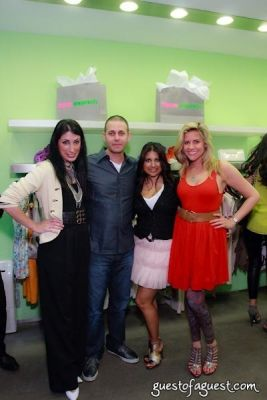 david katzav in Sip & Shop for a Cause benefitting Dress for Success