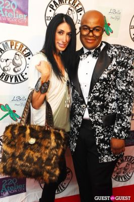 malik so-chic in PAMPERED ROYALE BY MALIK SO CHIC Fall 2011 Handbag Launch
